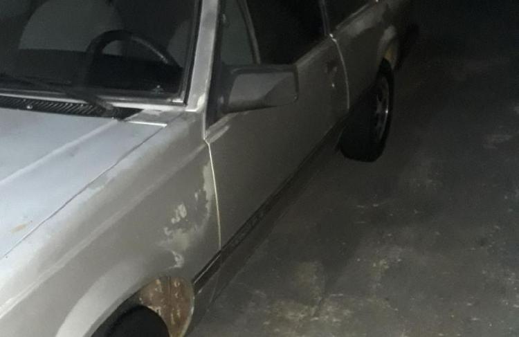 Chevrolet monza sedan sle 1.8 / 1985