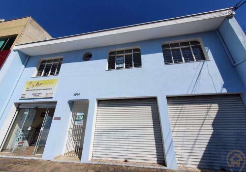 Casa comercial com 3 salas na avenida comendador franco,