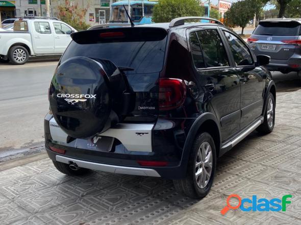 Volkswagen crossfox i motion 1.6 mi t. flex 8v 5p preto 2014 1.6 flex