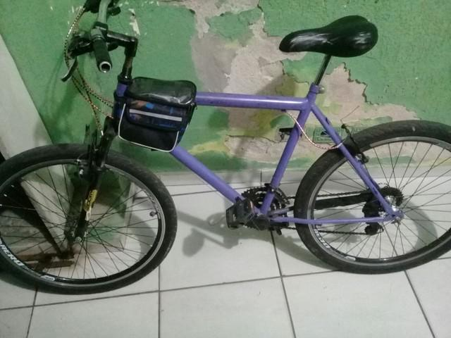Bike usada pra trabalho de entregador