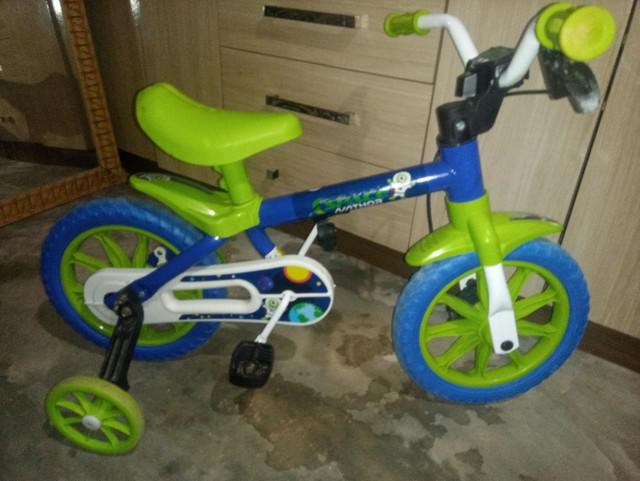 Bicicleta infantil seme nova