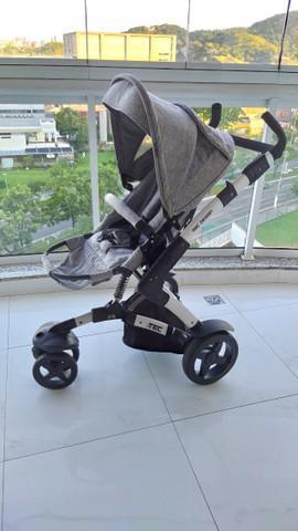Carrinho Bebê da ABCdesign - 3 Rodas Muito Novo -