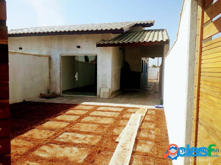 Casa nova=espaç.p/ piscina=localização=rua c/asfalto=comercio=itanhaem=s/p