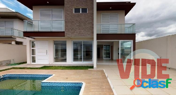Urbanova: residência com 5 dormitórios (3 suítes), 405 m² ac