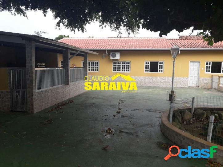 Excelente casa à venda no bairro porto novo, em caraguatatuba