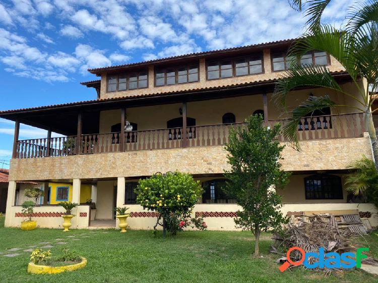 Casa espetacular c 6 qts pertinho da praia de itaipuaçu!!!