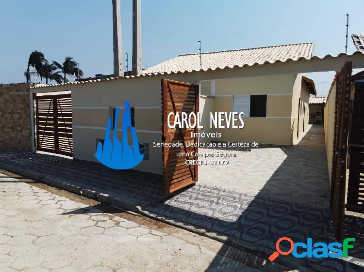 Casa nova 2 dormitórios suíte piscina financiamento bancário itanhaém