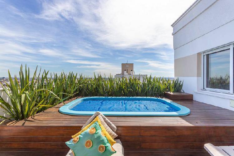 Cobertura linear com piscina privativa, vista panorâmica,