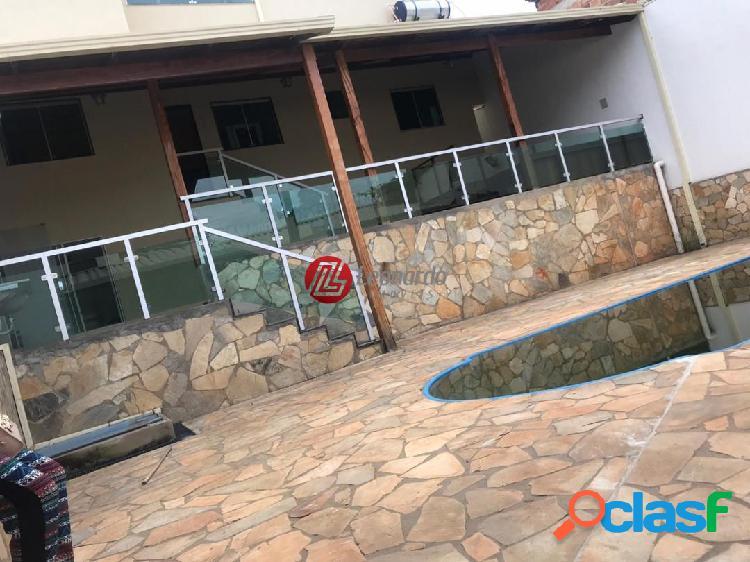 Casa 3 quartos com piscina, churrasqueira e hidromassagem em betim