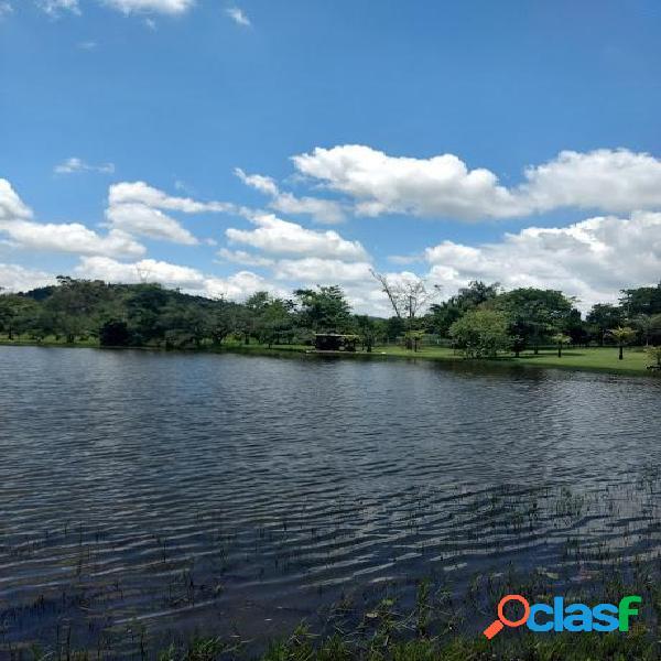 Chácara com grande lago - plana condomínio rural - sousas
