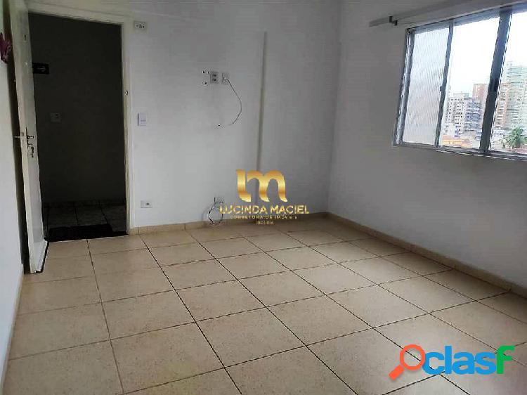Apartamento 01 dormitório, piscina, 01 vaga, prox.praia-vila tupi