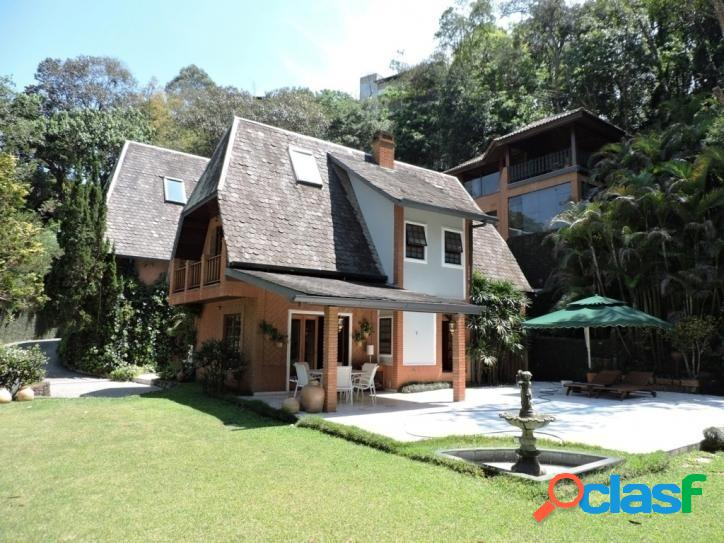 Linda casa no forest hils!!!