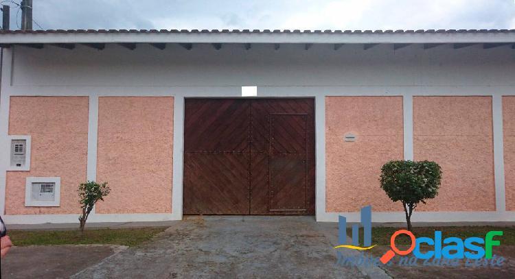 Casa de praia com 5 dorms, 4 suítes, 6 vagas, 490m², pronto - caraguatatuba