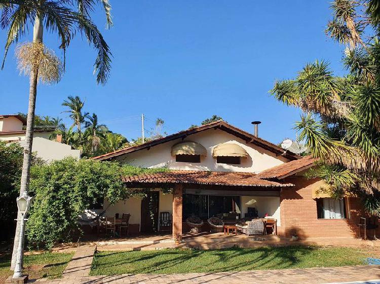 Casa no condomínio marambaia com localização privilegiada