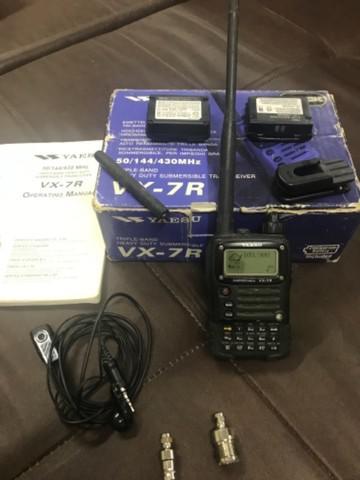 Rádio yaesu vx-7r