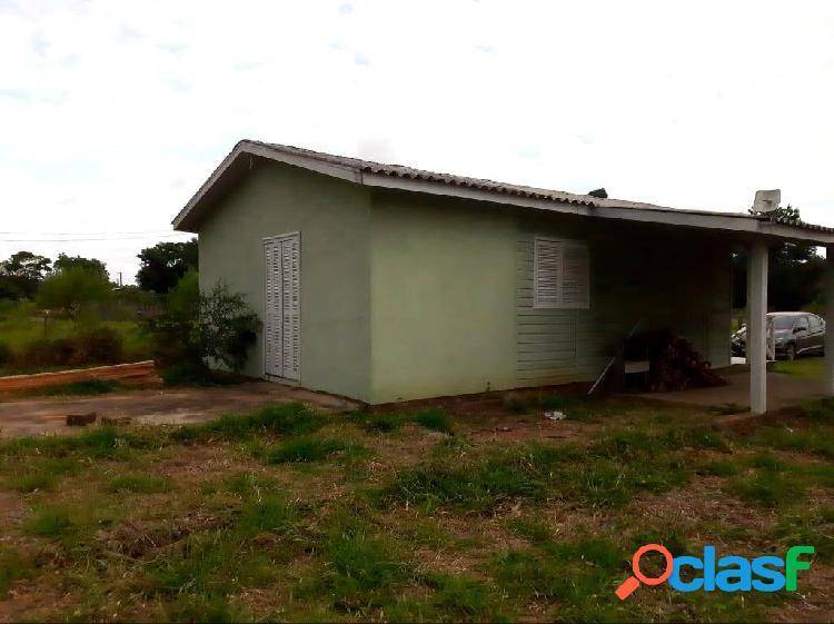 Sitio com 2.103m², acesso em rua pavimentada, Águas Claras, Viamão. 2
