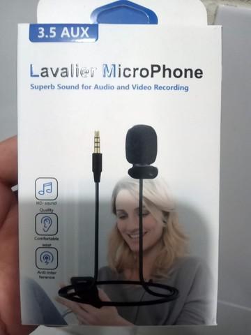 Microfone de lapela profissional 3.5mm na caixa e no