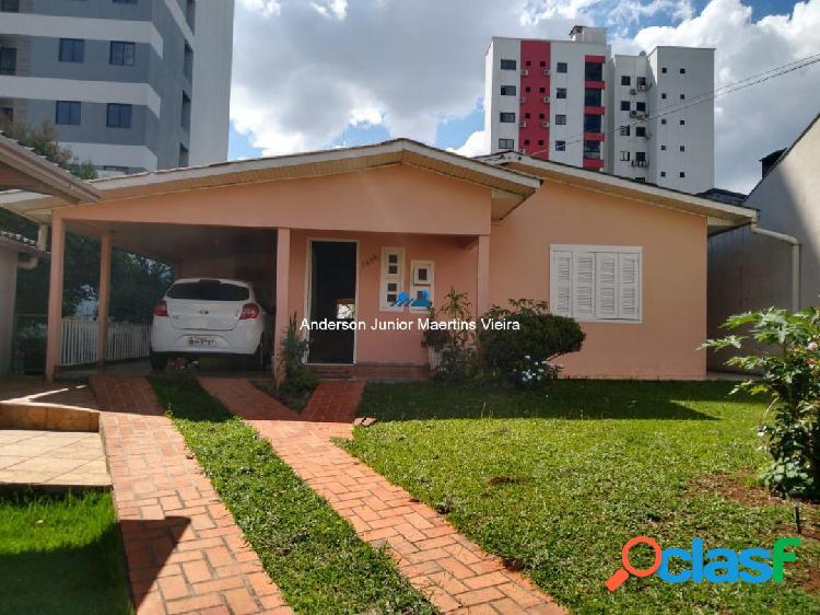 Ótimo terreno com duas casas no bairro palmital