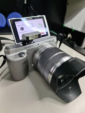 Camera sony nex f3 (visor inclinavel) 16.1 mp