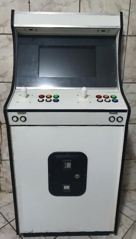Maquina de fliperama arcade multijogos com sistema de