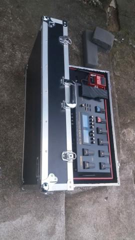 Boss gt100 + loop station rc3 + pedal board hand made + case