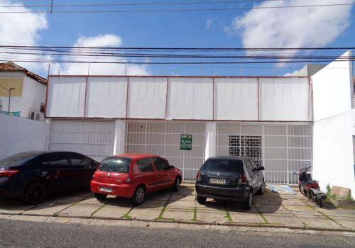 Casa comercial para aluguel, 2 quartos, 1 vaga, centro -