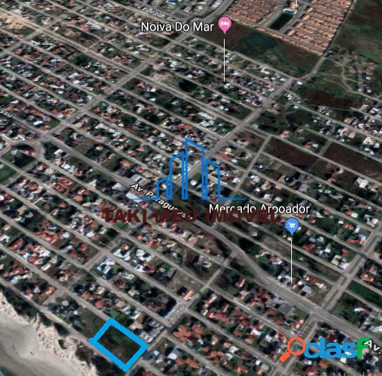 Terreno de rua à beira mar medindo 1139,04 m²