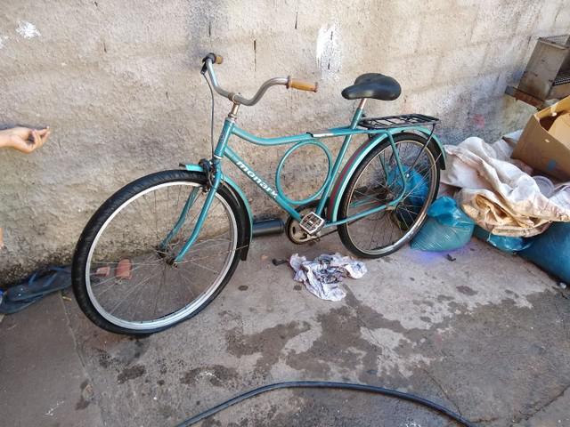 Vendo bicicleta (raridade) monark barra forte original
