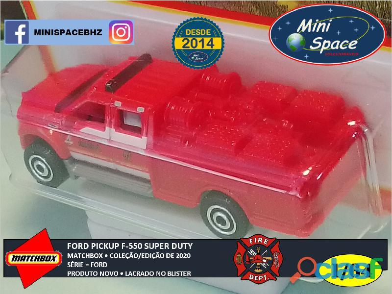 Matchbox Ford F 550 Super Duty Bombeiro cor Vermelho 1/64 3