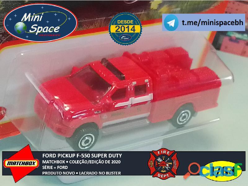 Matchbox Ford F 550 Super Duty Bombeiro cor Vermelho 1/64 4