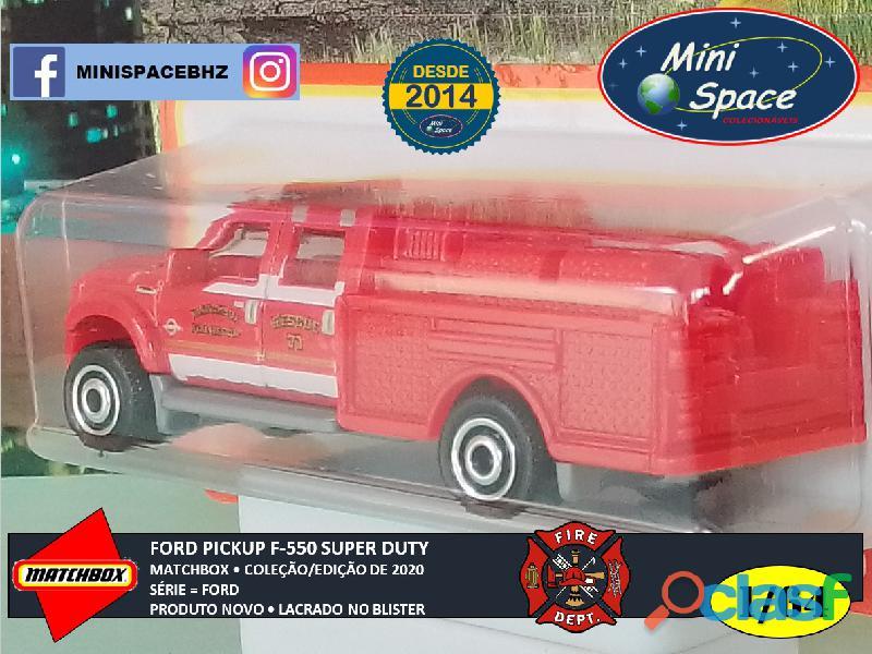 Matchbox Ford F 550 Super Duty Bombeiro cor Vermelho 1/64 7