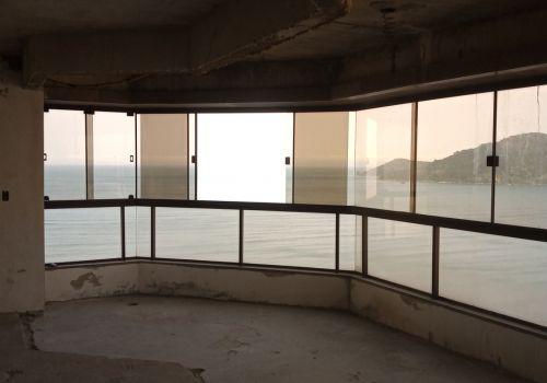 Oportunidade - cobertura duplex na quadra mar