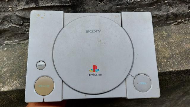 Playstation 01 (leia o anúncio com atenção)