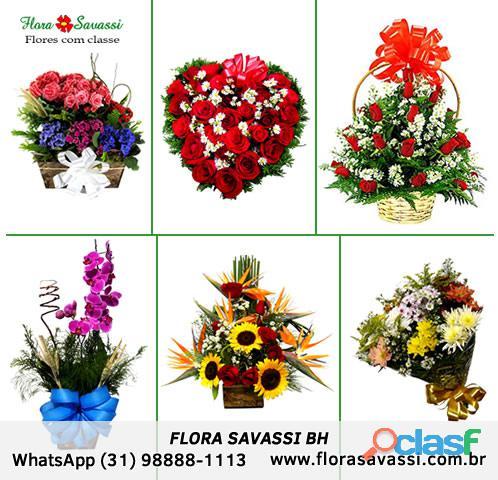 Pará de minas mg floricultura buquês arranjos flores cesta de café da manhã e coroas de flores