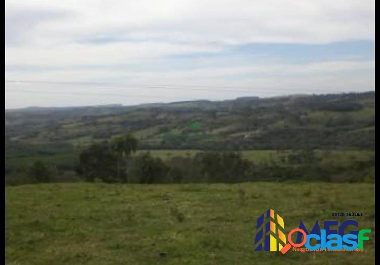 Fazenda na região de angatuba (100 alqueires)