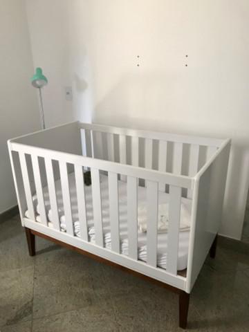 Berço/ mini cama de madeira branco