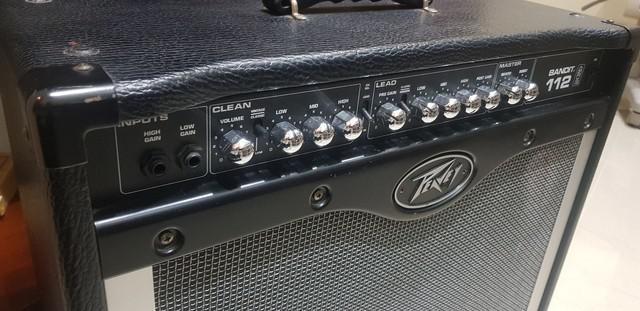 Amplificador cubo guitarra peavey bandit 112 80w rms