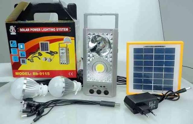 Carregador painel solar com kit emergência com lâmpadas
