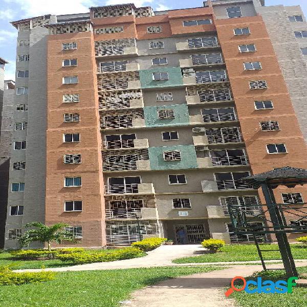 Apartamento en Venta en Monte Mayor AMOBLADO de 79m2 Piso Bajo 2