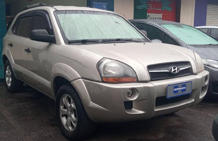 Hyundai tucson gl 2.0 16v (aut.) / 2010