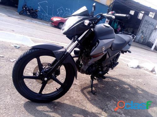 Moto Yamaha fazer 150 1