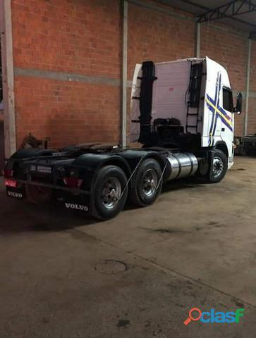 Caminhão Volvo FH 420 bom