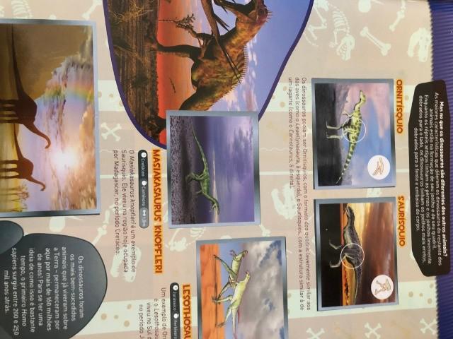 Album de figurinhas planeta dinossauro
