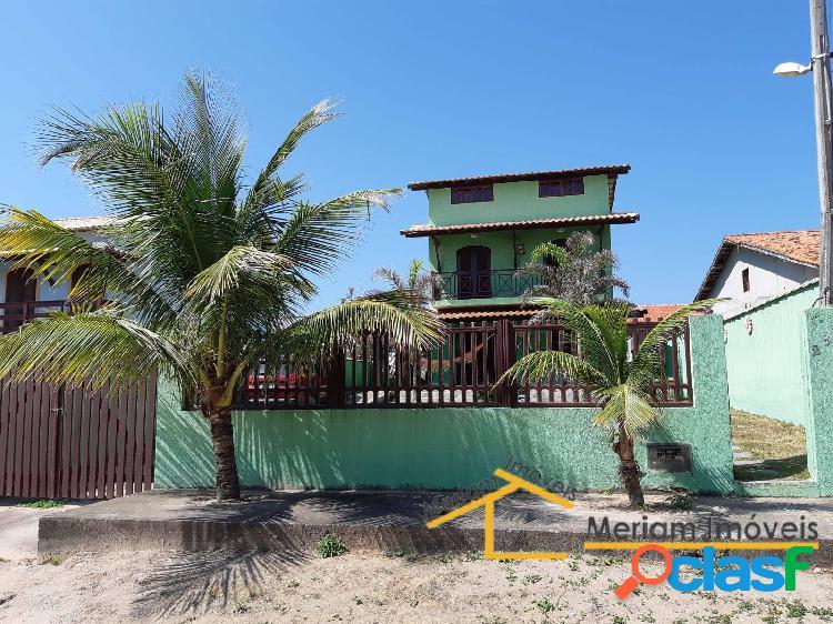 Ótima casa em praia seca pertinho da praia!