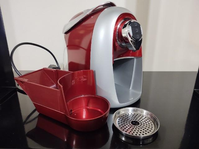 Maquina de café espresso três corações vermelho 110v