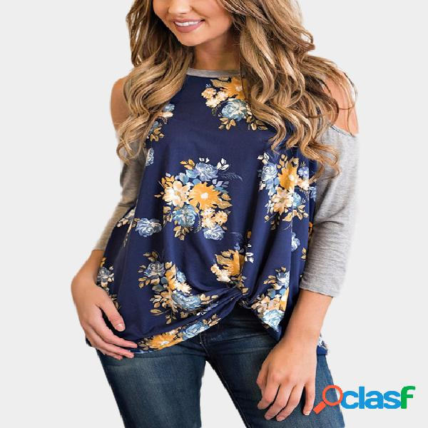 Camiseta cold shoulder com estampa floral marinha aleatória