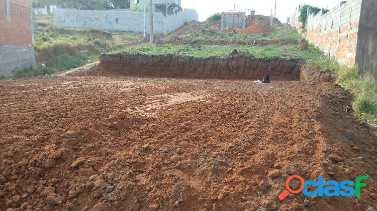 Terreno de 220 m2 na chácaras pousada do vale por r$ 75.000,00