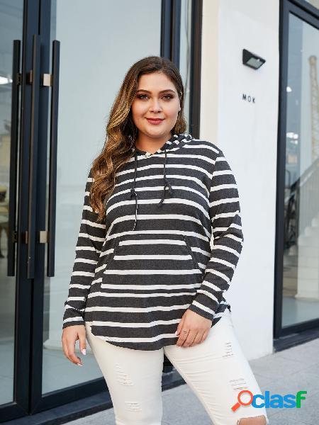 Yoins plus tamanho black stripe hooded design tee