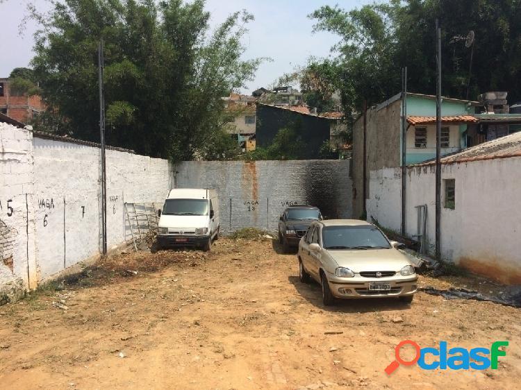 Terreno todo murado, pronto pra construir ideal pra investidor/construtor.