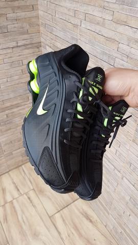 Nike r4 41 original novo